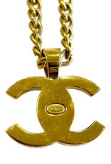 Wyld Blue Vintage Chanel Turnlock Pendant Necklace