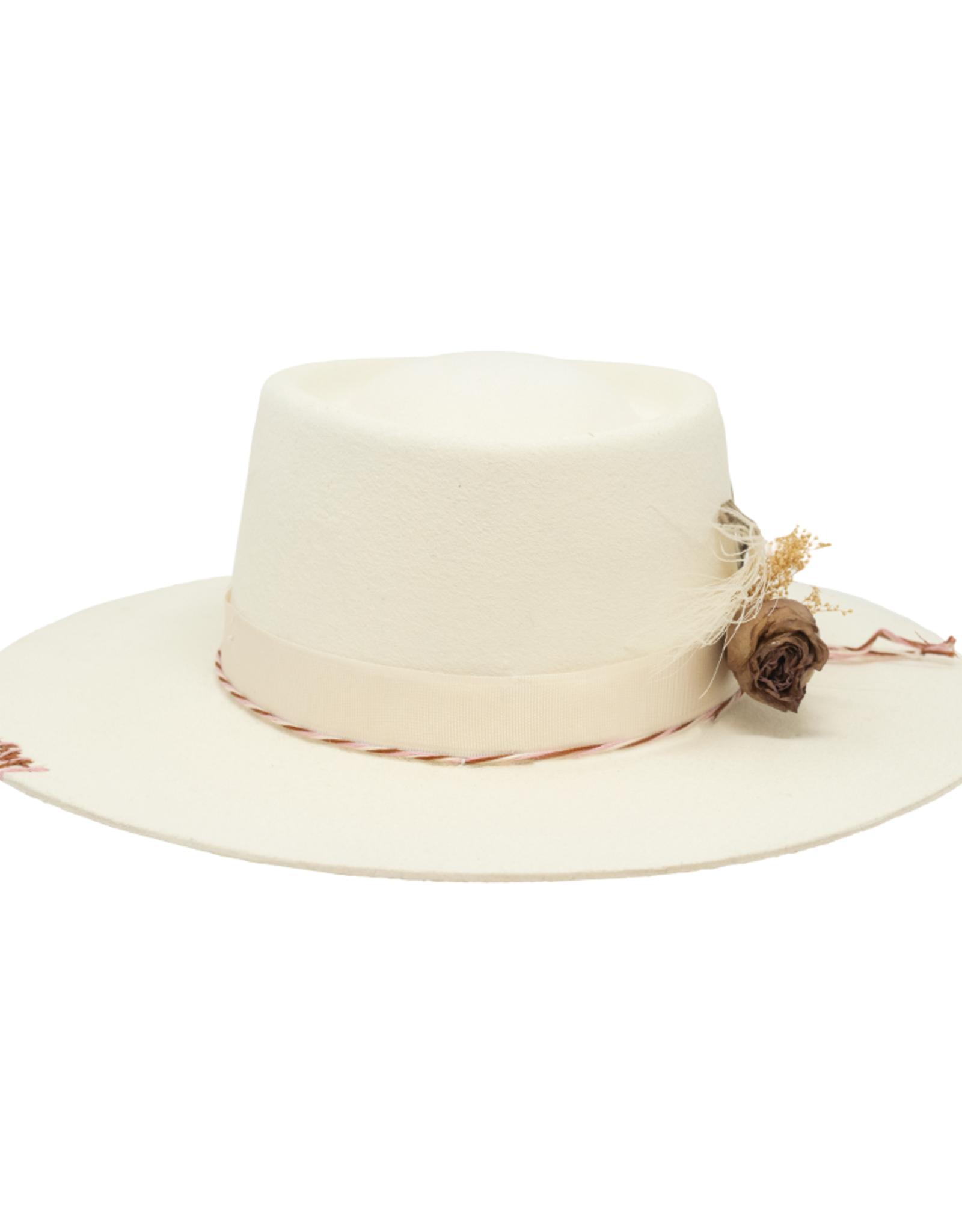 Tuluminati Tankah Hat White Wool
