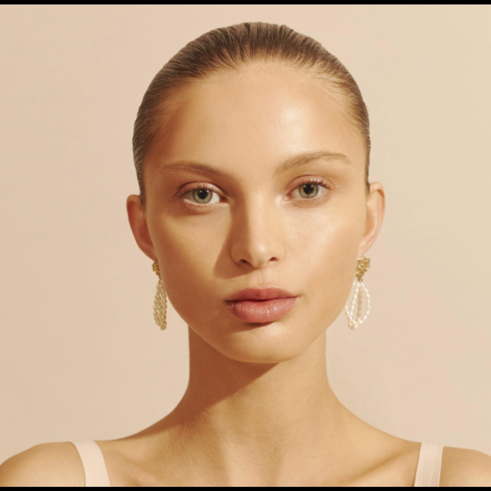 Amber Sceats Velora Earrings Gold