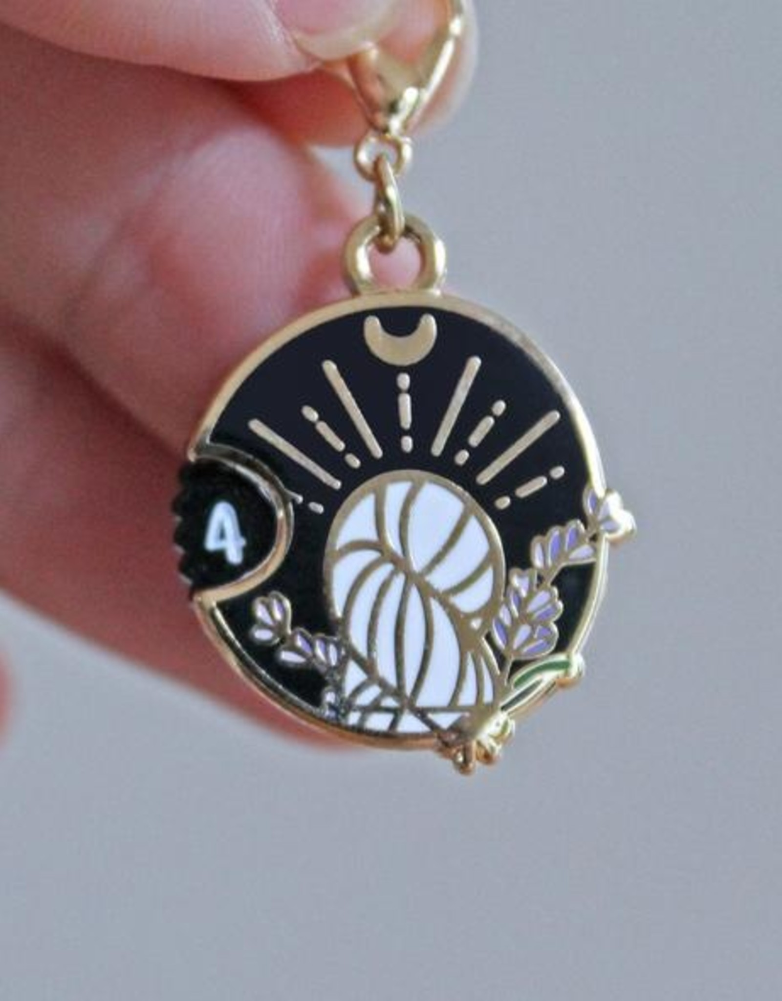 Twill&Print Witchy Charm Mini Row Counter