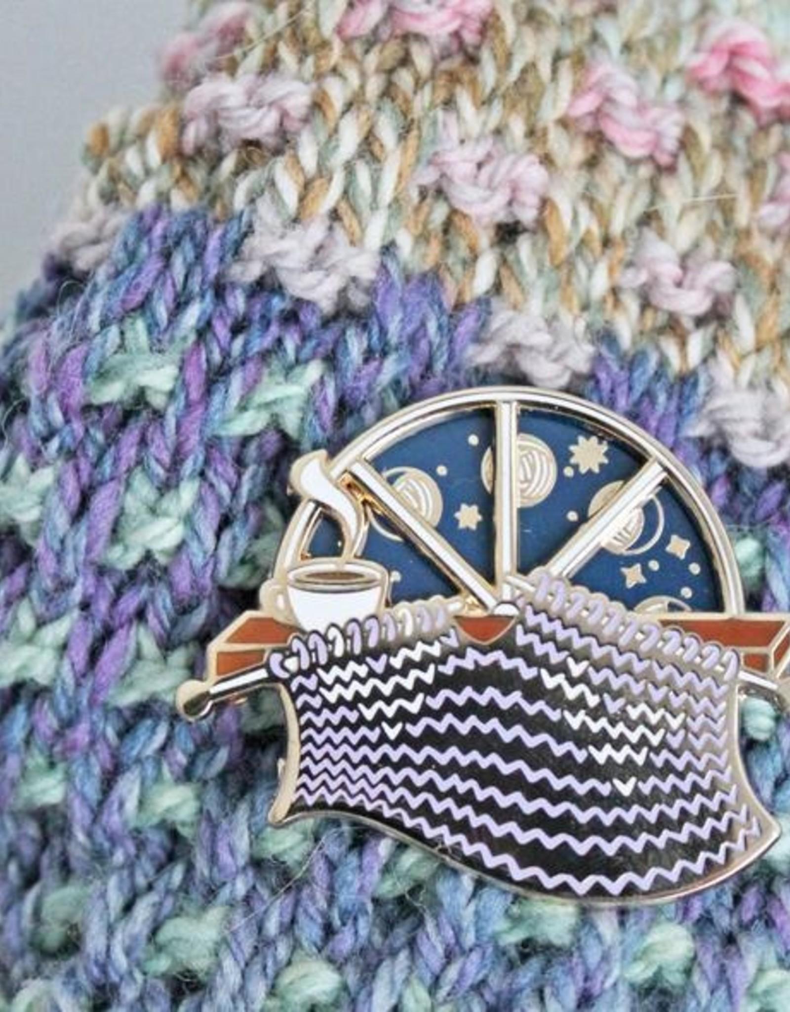 Twill&Print Knitting Moon Phase Pin