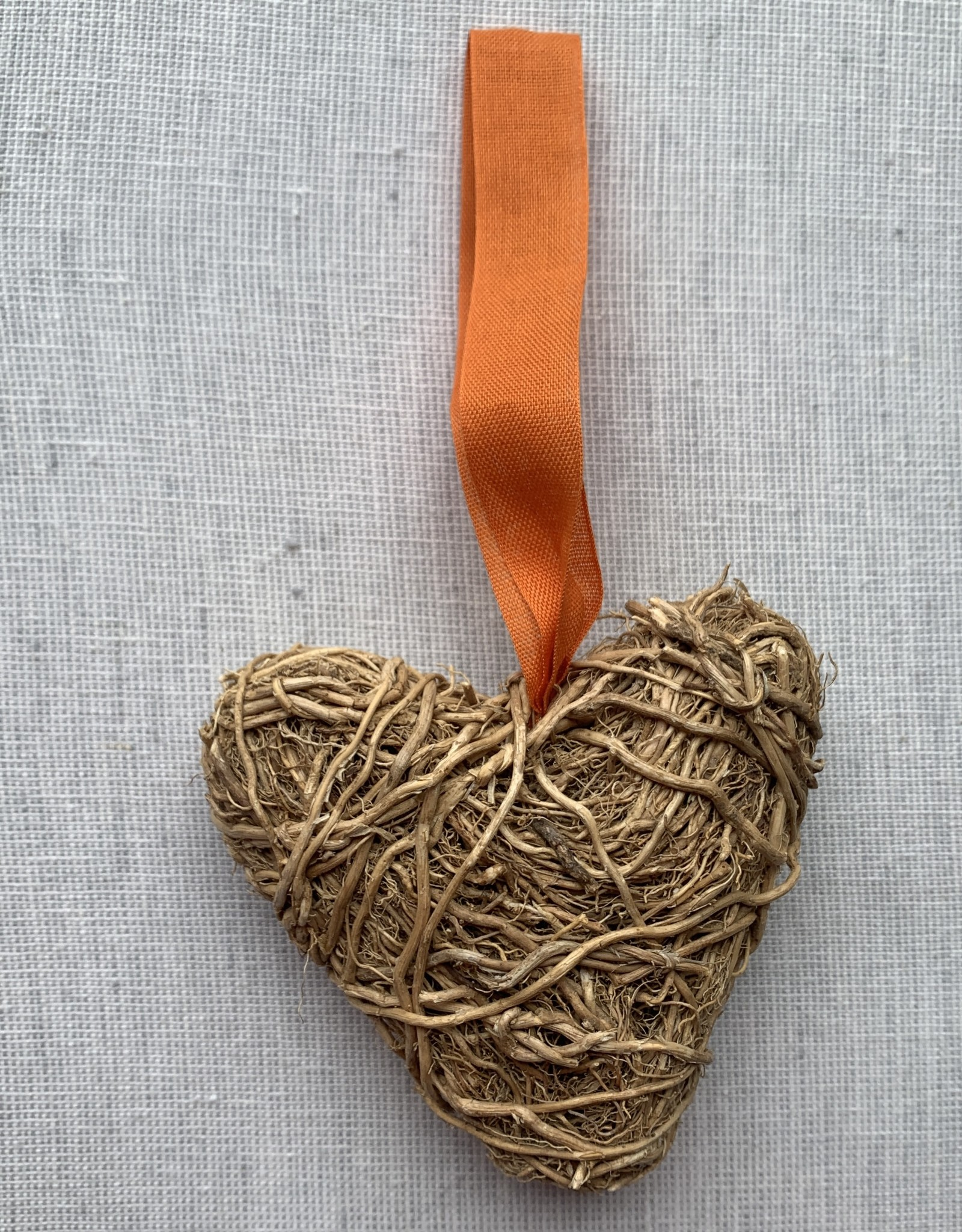 One World Button Supply Vetiver Heart
