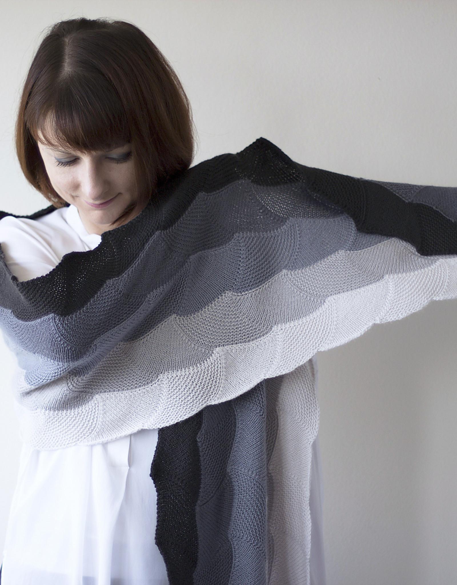 Olgajazzy Asanagi Wrap Pattern in Woolfolk Tynd