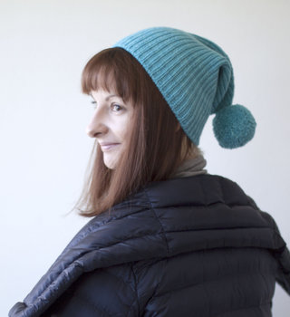 Olgajazzy Roku Hat Pattern in Manos Maxima