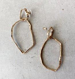 Saachi organic shaped metal link earring