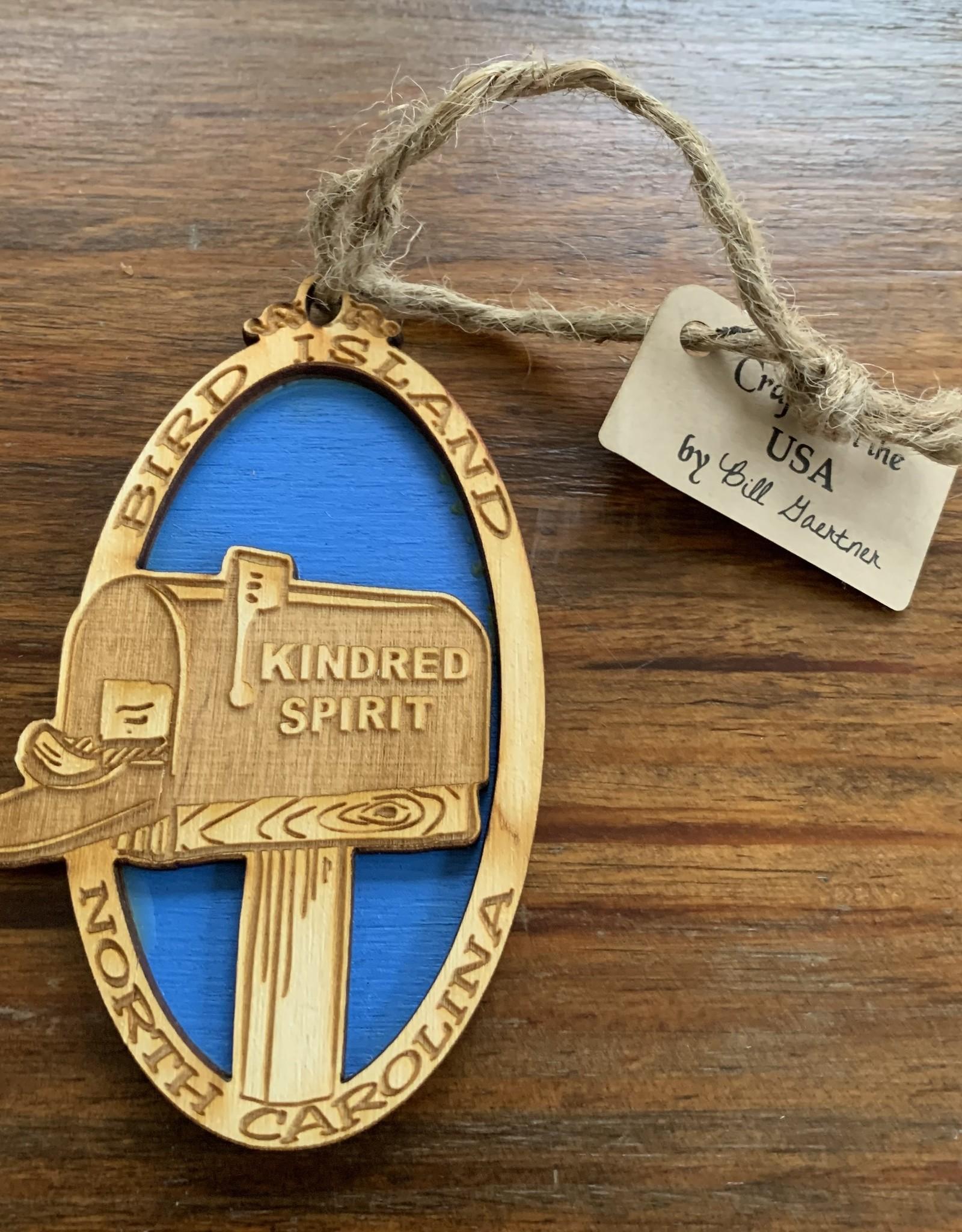 KINDRED SPIRIT KINDRED SPIRIT OVAL BILEVEL ORNAMENT (ROYAL)