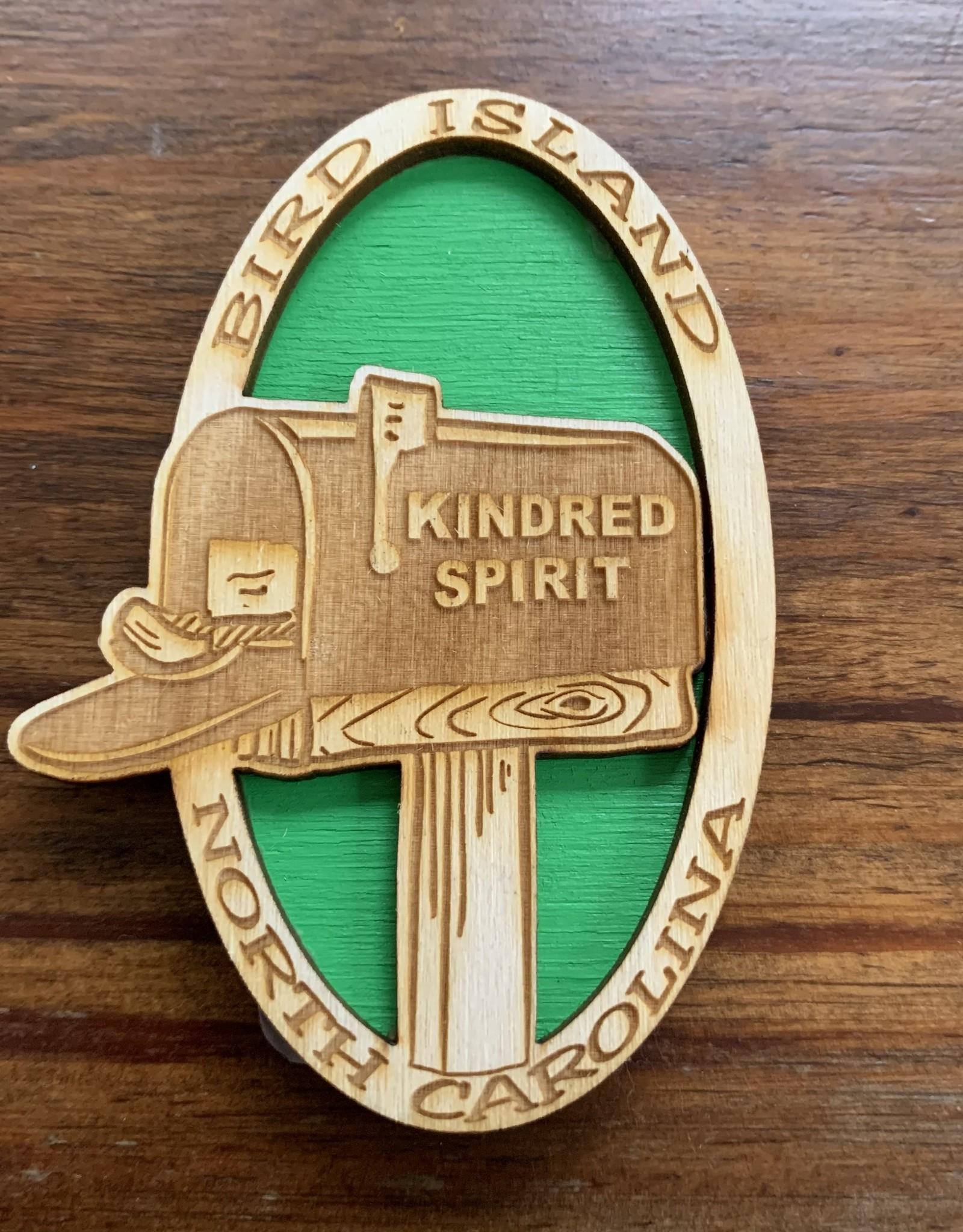 KINDRED SPIRIT KINDRED SPIRIT OVAL BILEVEL MAGNET (GREEN)