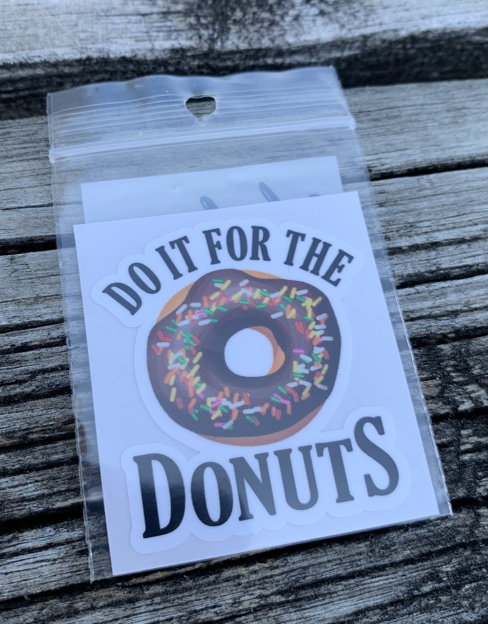 DO IT FOR DONUTS STICKER (CELL)