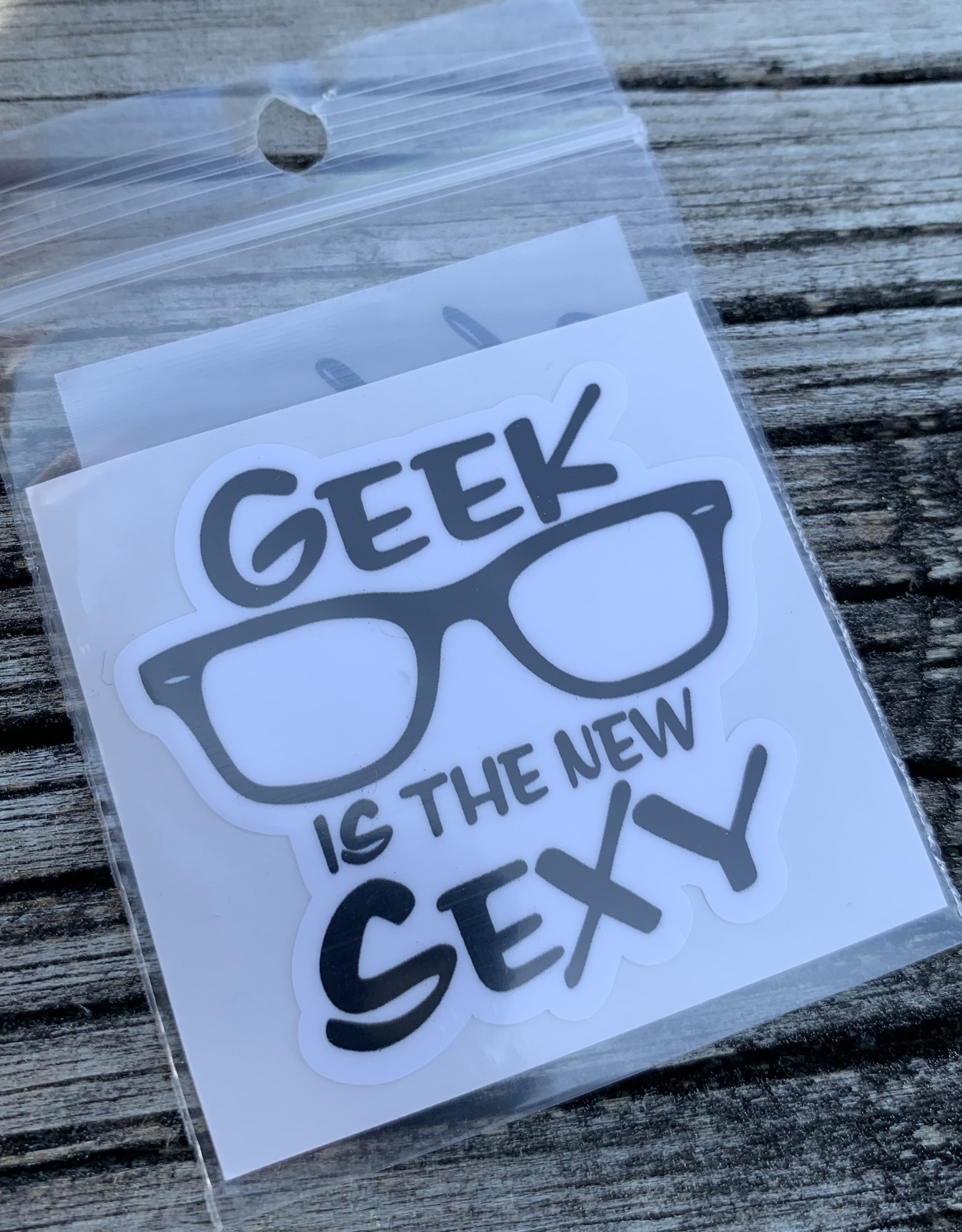 GEEK IS THE NEW SEXY STICKER (CELL)