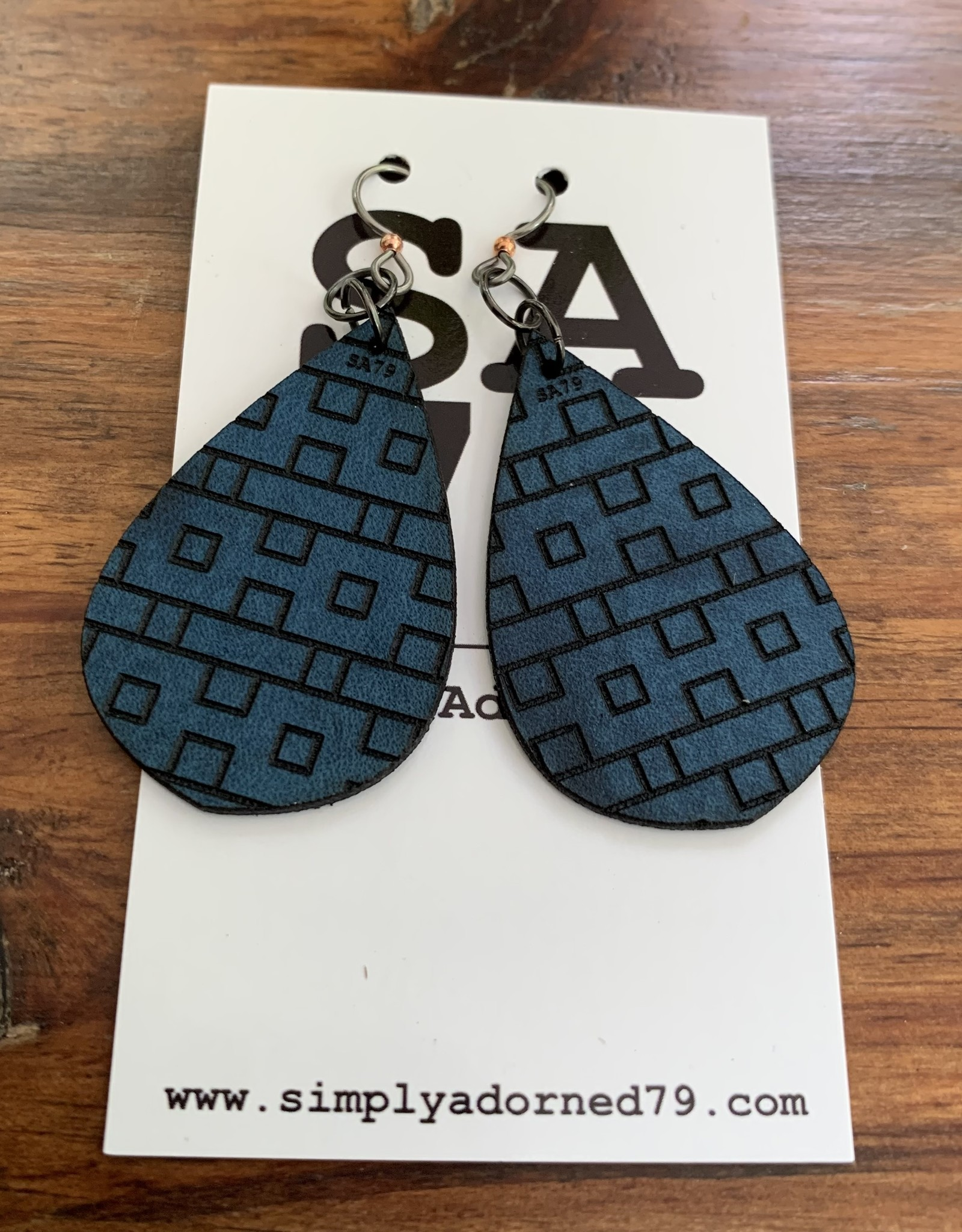 SA79 - CIRCUIT TEARDROP - BLUE EARRING