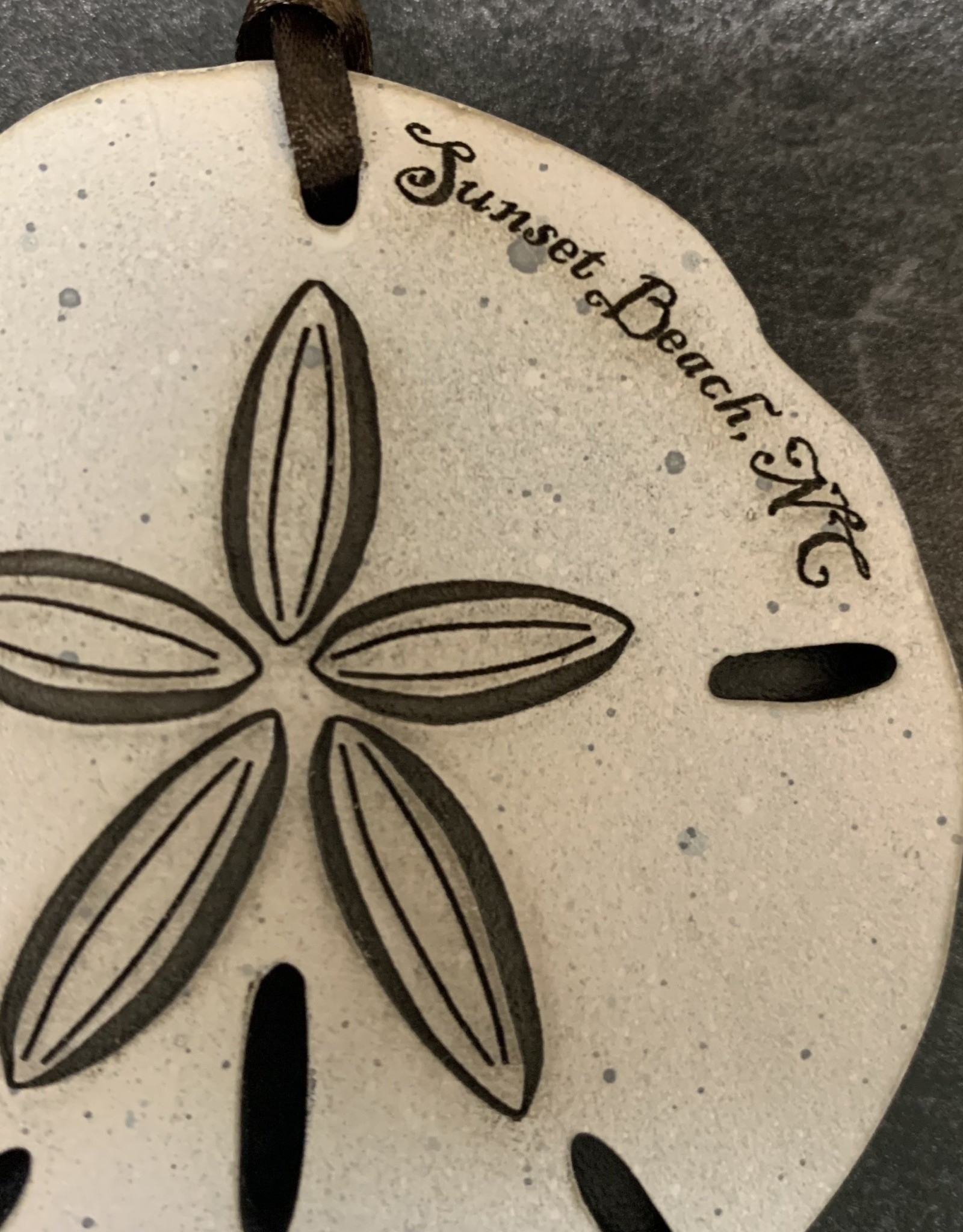 ETCHED SAND DOLLAR ORNAMENT