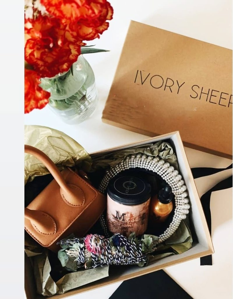 Ivory Sheep VIP Box