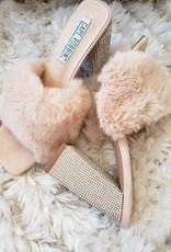 Ivory Sheep Fluff Off