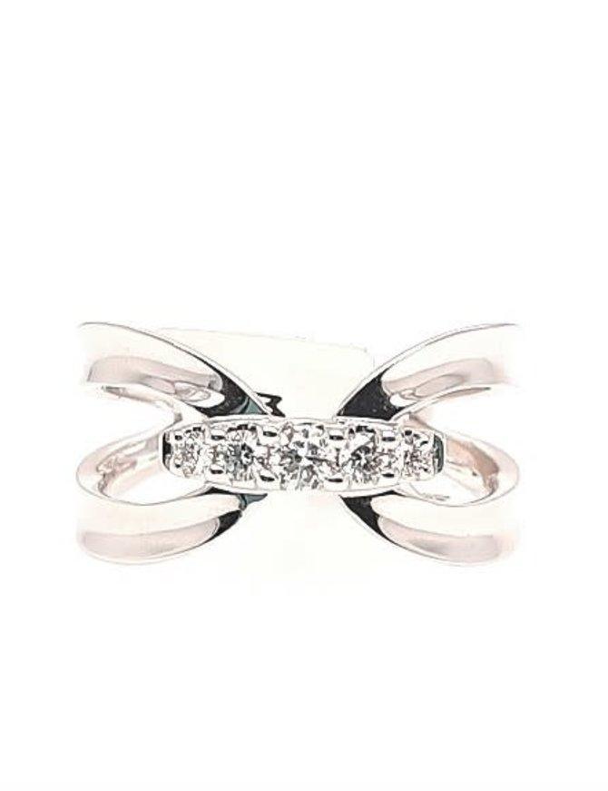 Diamond (0.20 ctw) fashion ring, 14k white gold
