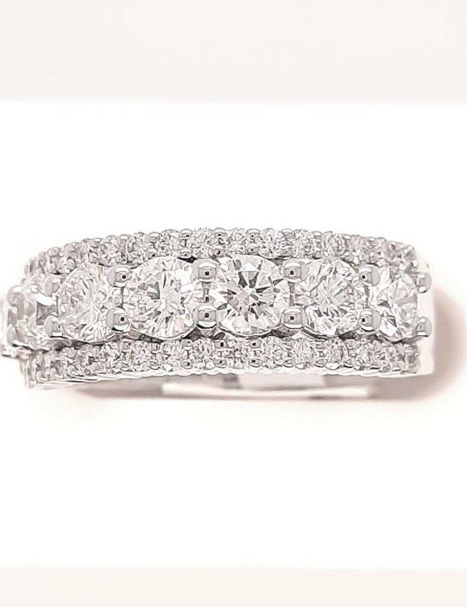 Diamond (1.75 ctw) with diamond edge band, 14k white gold, 6.1 grams