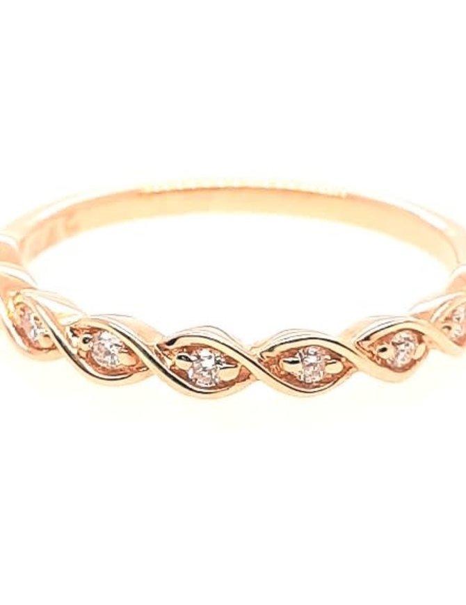 Diamond (0.12 ctw) twist band, 14k yellow gold 2.0 grams