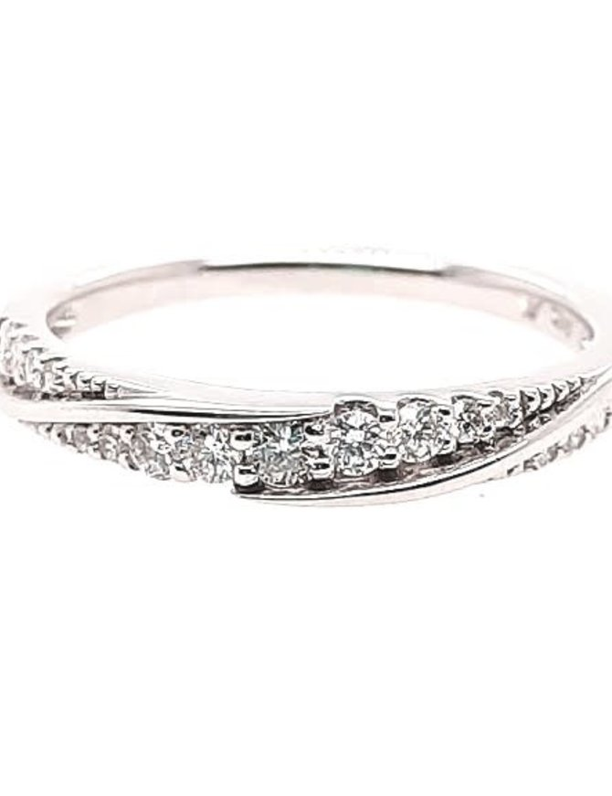 Diamond (0.25 ctw) twist-look band, 14k white gold
