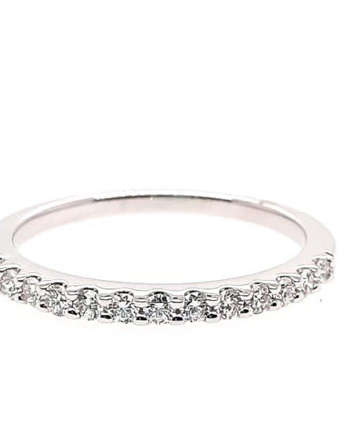 Diamond (0.25 ctw) prong set band, 14k white gold