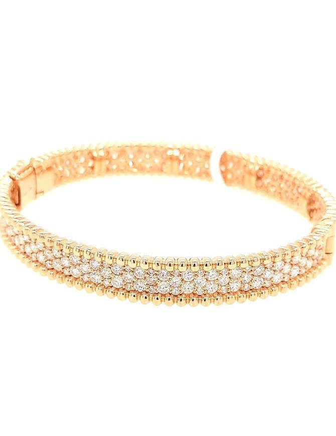 Diamond (6.50 ctw) bangle bracelet, 18k white & yellow gold 32.0 gram