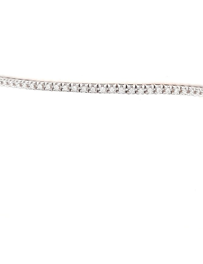 Diamond (0.64 ctw) tennis bracelet, 14k white gold