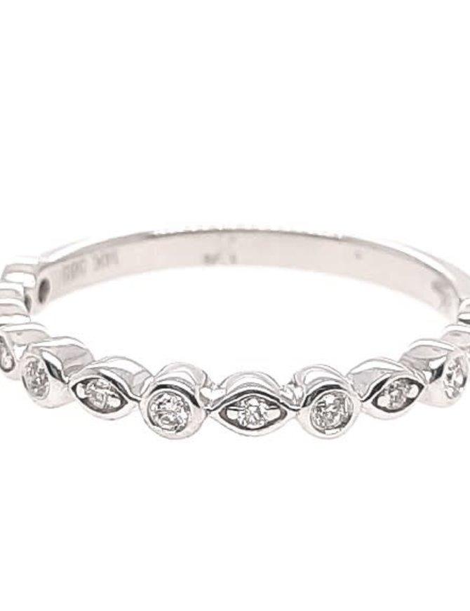 Diamond (0.13 ctw) bezel set band, 14k white gold