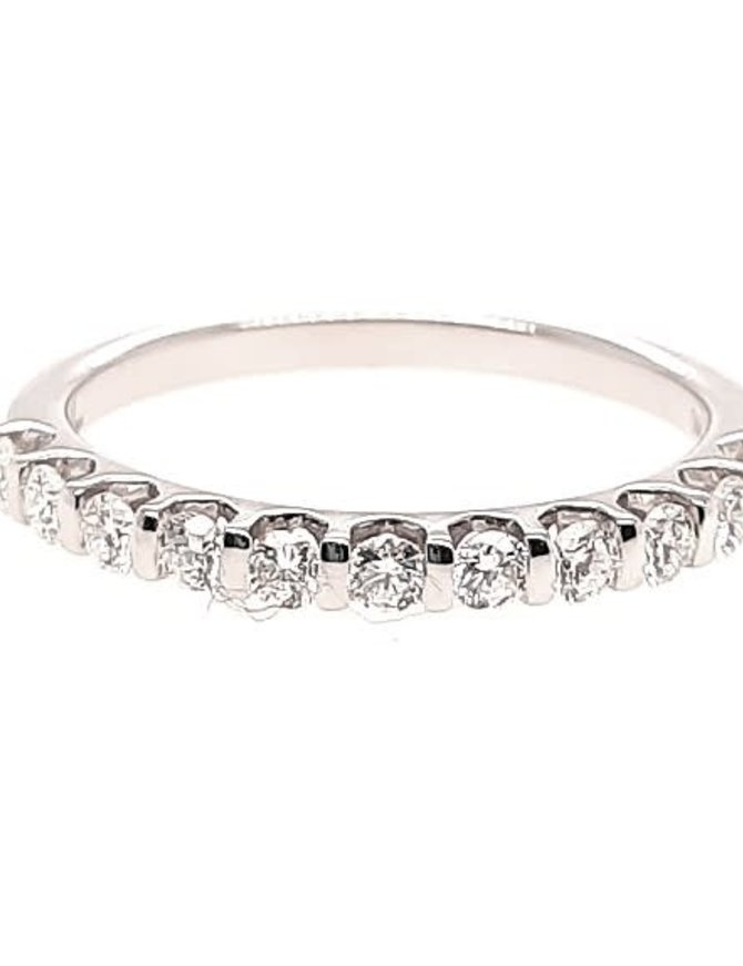 Diamond (0.38 ctw) bar prong set band, 14k white gold 1.86 grams