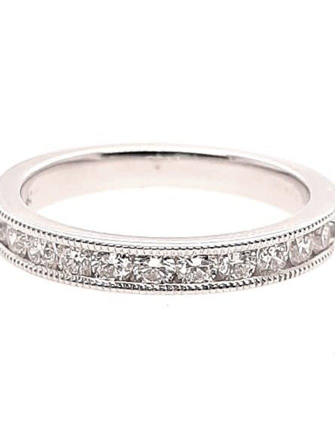 Diamond (0.50 ctw) beaded edge band, 14k white gold 3.9 grams