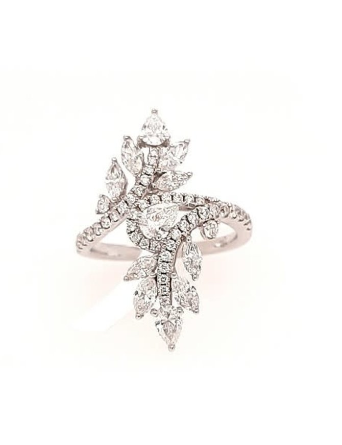 Diamond (1.74 ctw) fashion ring, 18k white gold