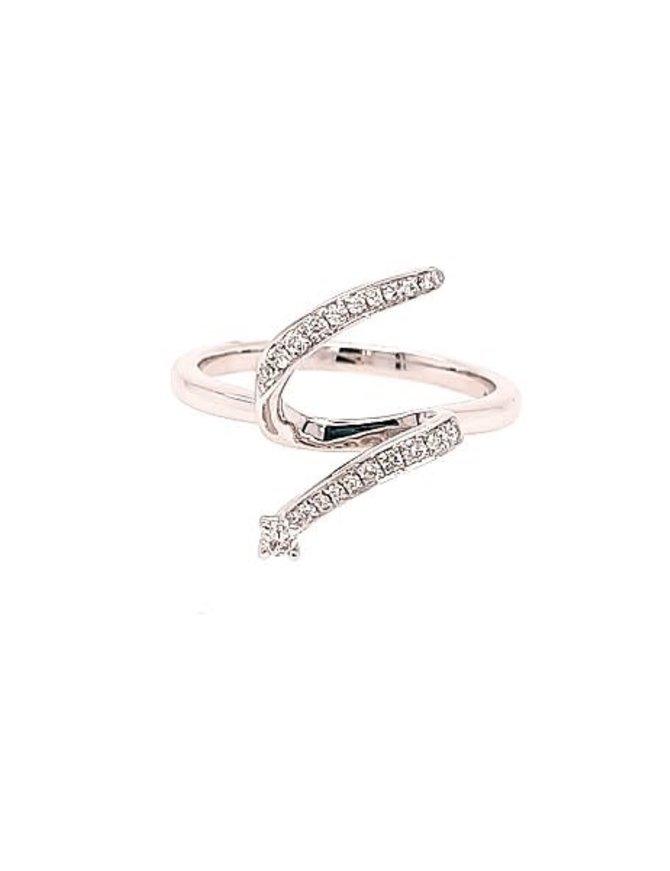 Diamond (0.15 ctw) shooting star look ring, 14k white gold