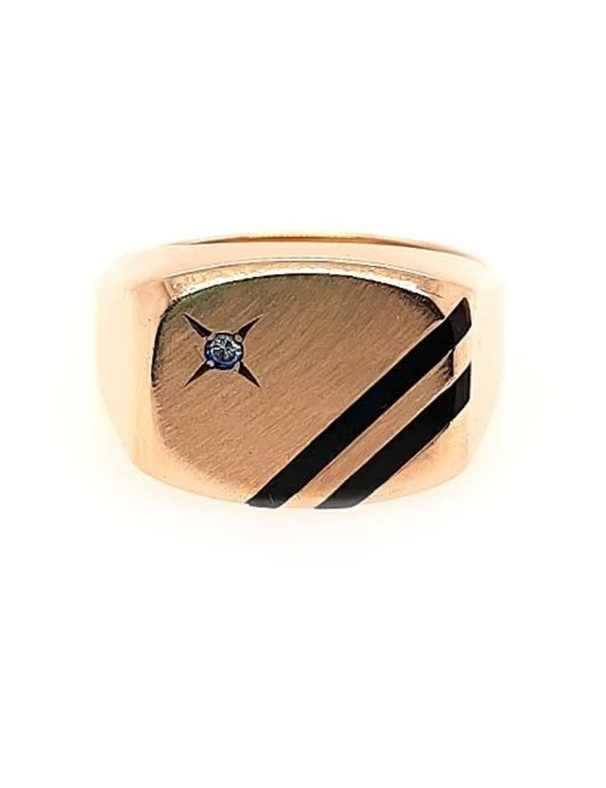 Diamond (0.02 ctw) & onyx ring, 14k yellow gold