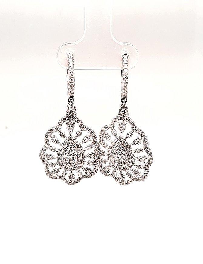 Diamond (2.26 ctw) Dangle Earrings 14kt White Gold