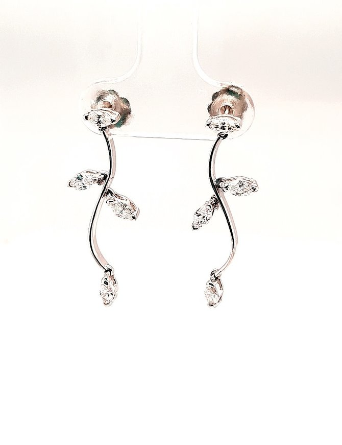 Diamond (.61 ctw) Dangle Earrings 14 kt White Gold