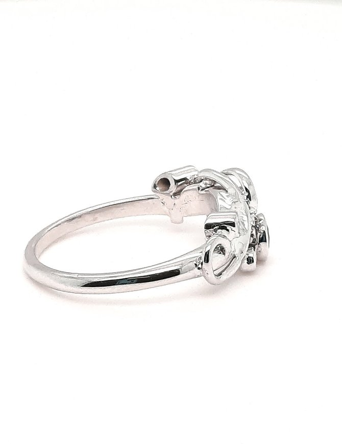 TQC Custom Sapphire (0.20 ctw) & Diamond Ring 14kt White Gold 3.0 g