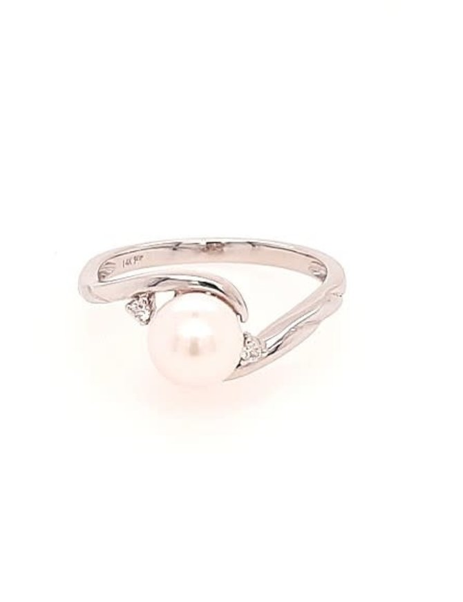 White cultured pearl 6.5-7mm & diamond (0.03 ctw) ring, 14k white gold
