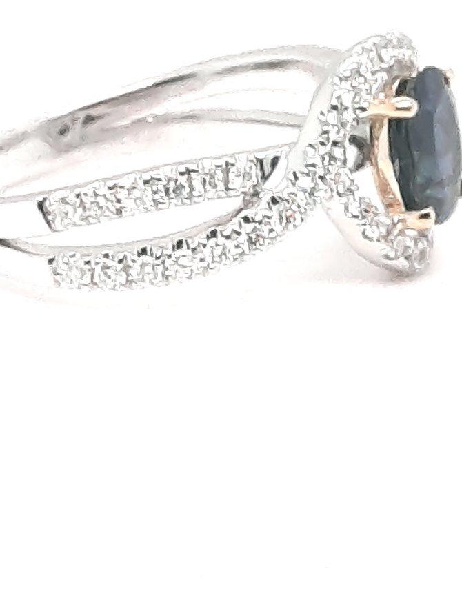 Diamond (0.47 ctw) & sapphire (1.28 tw) ring, 14k white and yellow gold
