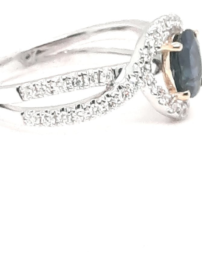 Diamond (0.47 ctw) & sapphire (1.28 tw) ring, white and yellow gold