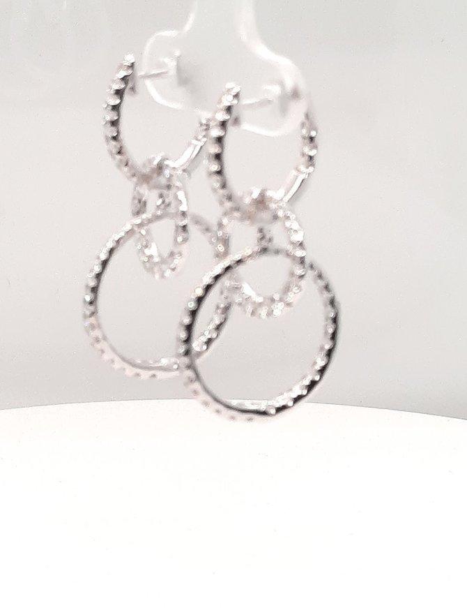 Diamond (1.88 ctw) interlocking circle dangle earrings, 14 kt white gold