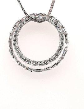 Diamond (2.541 ctw) double circle pendant white kt white gold