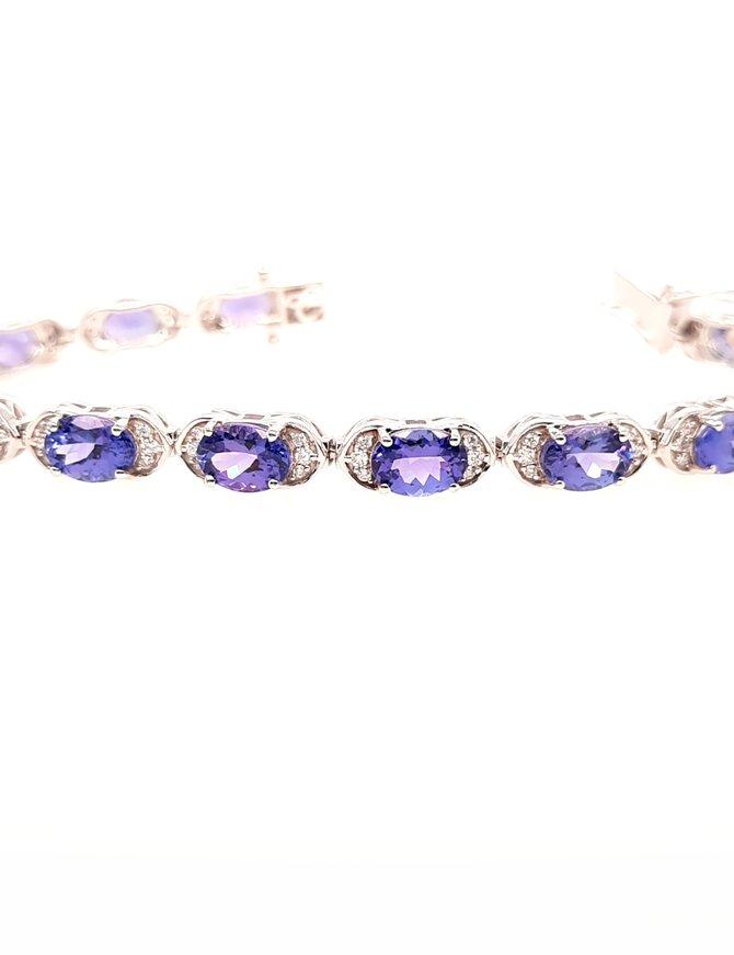 Tanzanite (15 ctw) & diamond (0.63 ctw) bracelet, 18k white gold, 14.8g