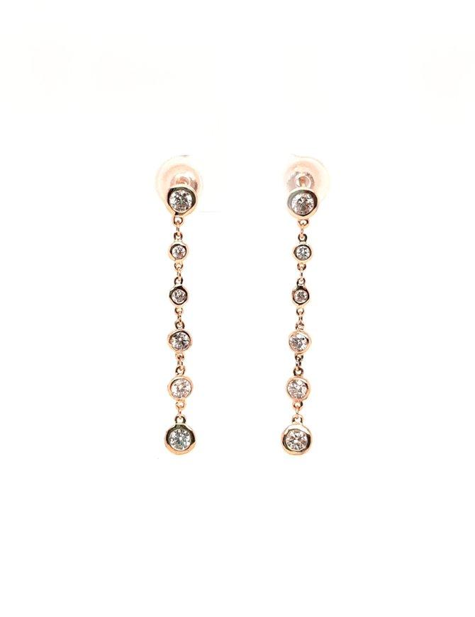 Diamond (1.05 ctw) earrings, 14 kt yellow gold