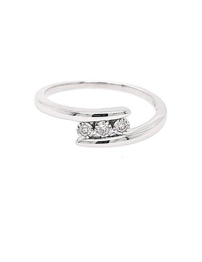 10K WHITE GOLD DIAMOND 0.06CTW RING