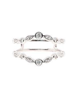 Diamond (0.20ctw) bezel & diamond shaped ring guard, 14k white gold