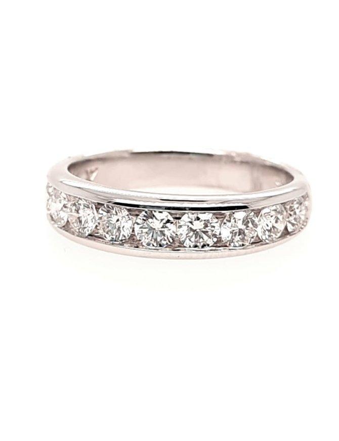 Diamond(1.00ctw) 10 stone band ring, 14k white gold
