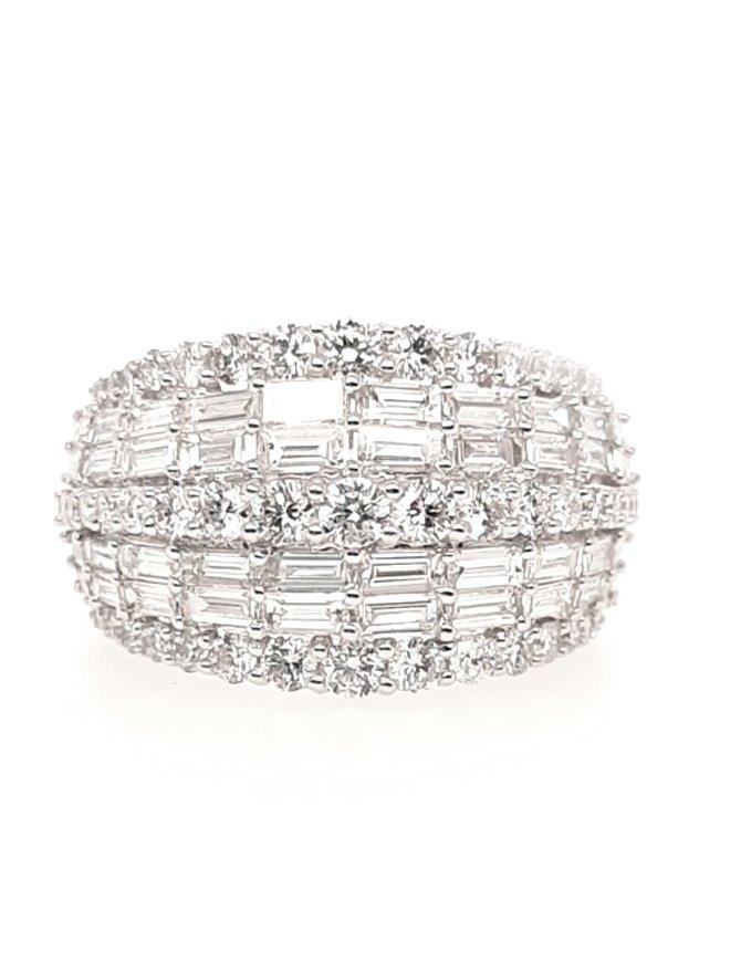 14K Wg 1.83CTW Round & Baguette Diamond Ring