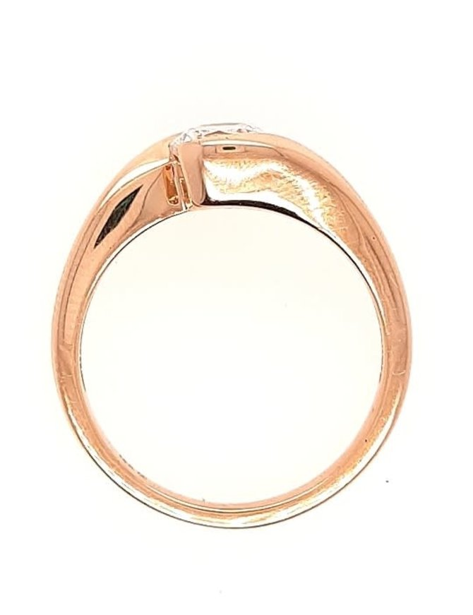 Bezel setting, 14k yellow gold, shown with a cz, center stone not included
