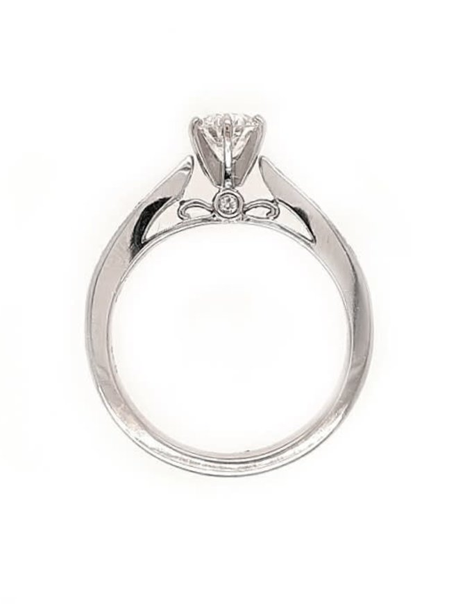 Diamond (0.52 ct center G/SI2, 0.72 ctw) engagement ring, 14k white gold