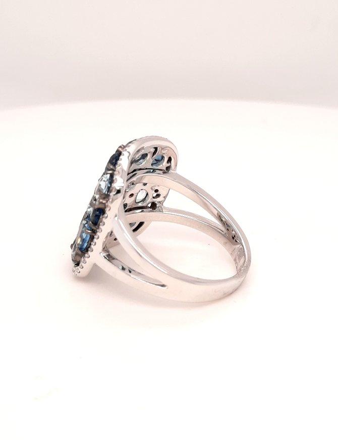Blue topaz(3.94ctw) square cluster ring, 14k white gold