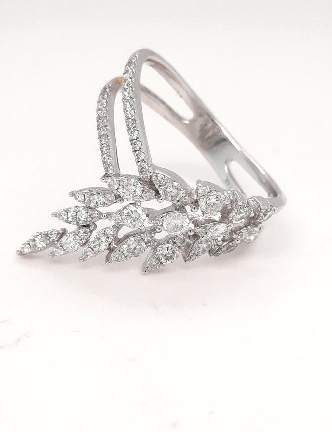 Diamond (0.88 ctw) feather fashion ring 14k white gold