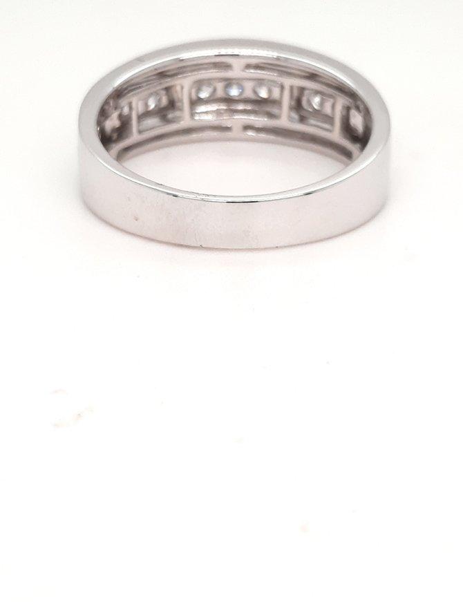 0.45ctw diamond satin center mens band 14k white gold