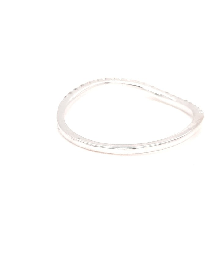 Diamond (0.12ctw) wavy stackable band 14k white gold
